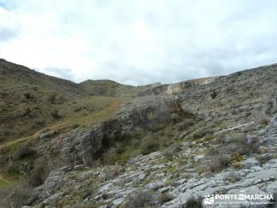 Barranco Río Dulce; zapatos senderismo; viajes de la comunidad de madrid;viajes senderismo semana s